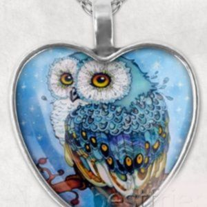 Necklace- NEW- Heart Shaped Owl